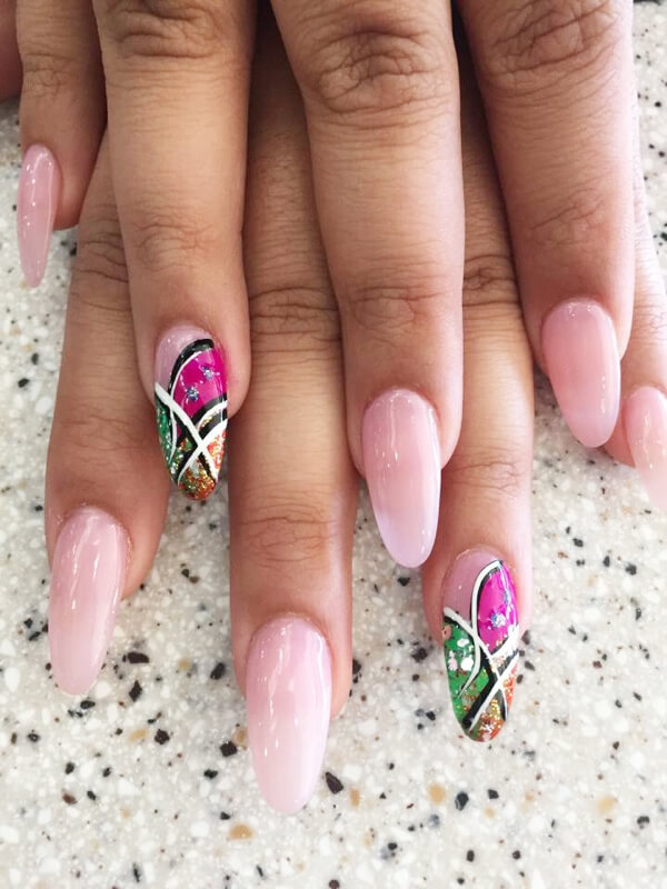 Ur Nails Spa